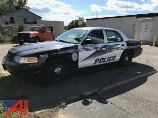 2009 Ford Crown Victoria Sedan/Police Emergency Vehicle