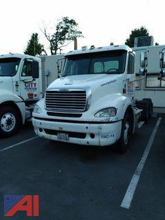 2006 Freightliner Columbia 112 Tractor Truck