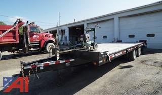 2015 Towmaster T-20 Deck Over Equipment Trailer with Ramps