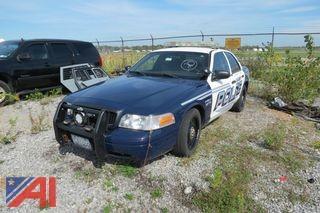 (#1002) 2010 Ford Crown Victoria 4 Door/ Police Interceptor