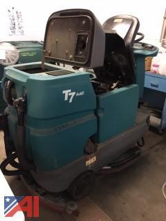 """Tennant T7 26"""" Ride On Floor Scrubbing Machine"""