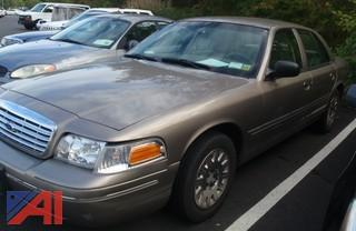 (#31) 2004 Ford Crown Victoria 4 Door/Police Interceptor