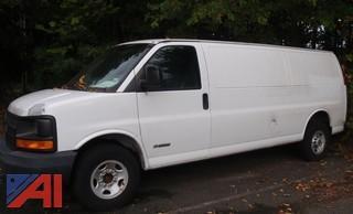 (#32) 2003 Chevy Express 3500 Cargo Van