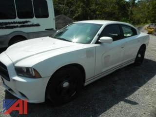 (#8) 2013 Dodge Charger 4 Door/Police Vehicle