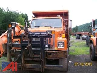 (#384) 2002 International SF2574 Tandem Dump Truck with Wing and Sander (Parts Only)