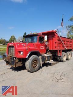 1990 Mack RB600 Dump Truck
