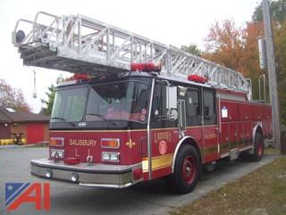 1991 E-One Hurricane Fire Truck with 110' Ladder