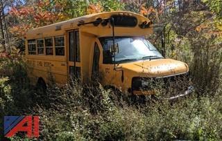 2005 GMC/Thomas Savana Bus