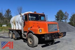 1993 White WGM Water Truck