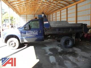 2009 Ford F350 XL Super Duty Dump Truck with Plow
