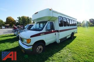 2006 Ford/Coach E450 Super Duty Mid Size Bus