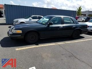 1999 Ford Crown Victoria 4 Door