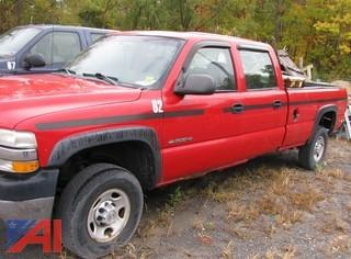 2002 Chevy Silverado 2500HD Crew Cab Pickup Truck