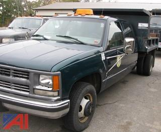 2000 Chevy C/K 3500 Crew Cab Dump Truck