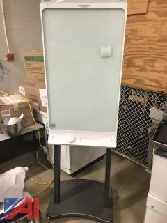 "(IT2) Smart Kapp 42"" Capture Board and Flat Panel Cart"