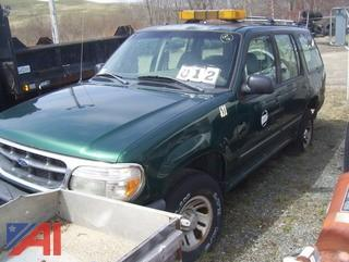 2000 Ford Explorer XL SUV