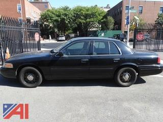 2010 Ford Crown Victoria Sedan/Police Emergency Vehicle