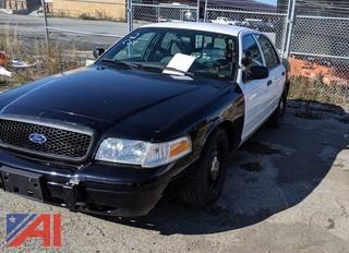 2007 Ford Crown Victoria 4 Door/Police Interceptor