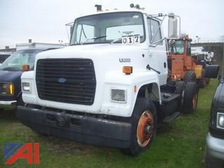 1992 Ford L9000 Tractor