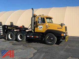 1990 International 8200 Truck