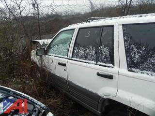 (#3) 1998 Jeep Cherokee SUV