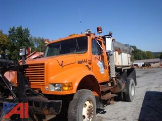 (4440) 1999 International 4800 Truck with Plow, Wing and Sander