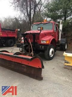 1997 International 4800 Cab & Chassis w/ Plow