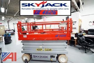Skyjack SJII 4626 26' Scissor Lift