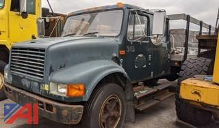 1999 International 4700 Stake Rack