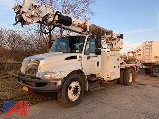 2009 International DuraStar 4300 Digger Derrick