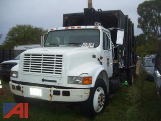 2001 International 4900 Packer/Garbage Truck