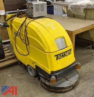 Tomcat 2300 Floor Scrubber