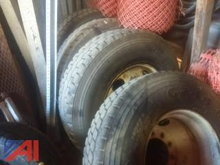 12R22.5 Tires with Rims