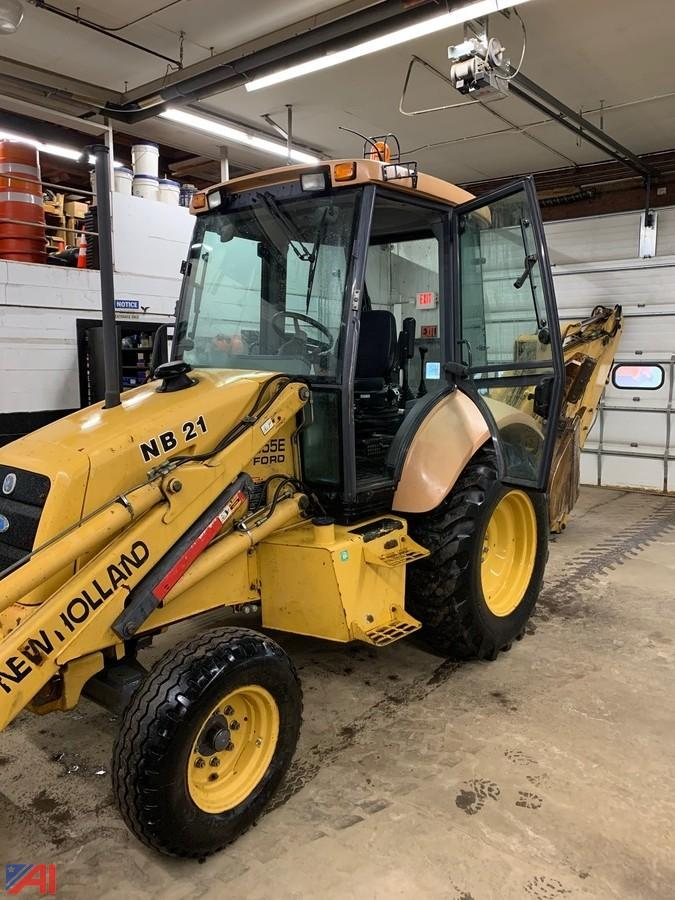 Auctions International Auction Town Of New Bremen Hwy Ny 20247 Item 1996 Ford New Holland 555e Backhoe