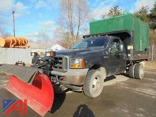 2005 Ford F350 XL Super Duty Box Truck with Plow