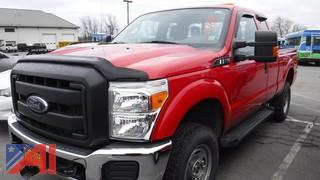 2014 Ford F250 XLT Super Duty Pickup Truck with Plow