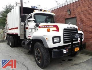 2002 Mack RD688S Garbage Truck