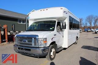 2011 Ford/Starcraft E450 Wheelchair Bus