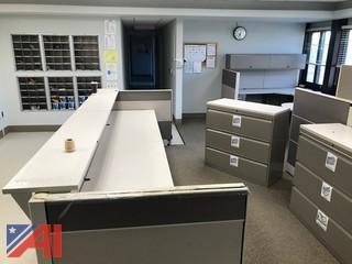 Modular Office Furniture/Cubicles