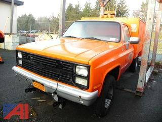 1986 Chevy D30 Utility Truck