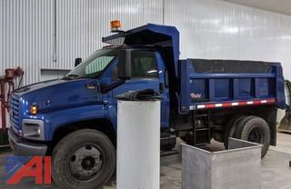 2004 GMC C7500 Dump Truck