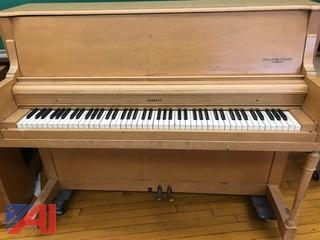 Everett Upright Piano
