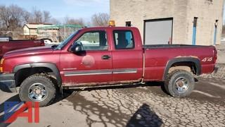 2005 Chevy Silverado 2500HD Extended Cab Pickup Truck