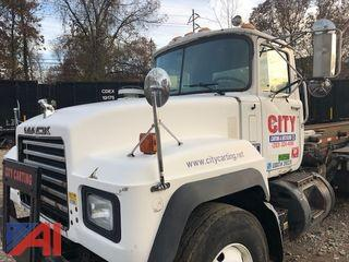 2003 Mack RD688SX Roll Off Truck