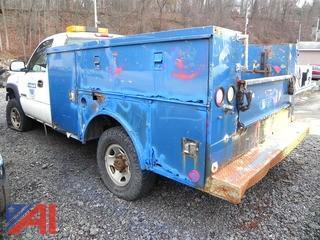 (#4) 2002 Chevy Silverado 2500HD Utility Truck