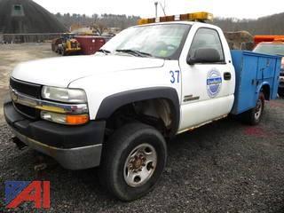 (#3) 2002 Chevy Silverado 2500HD Utility Truck