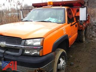 (#15) 2004 Chevy Silverado 3500 Dump Truck