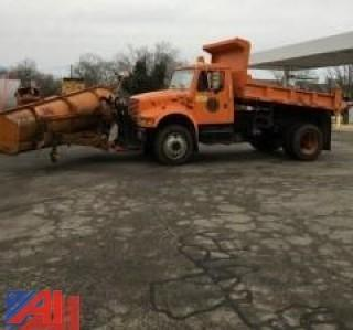 2002 International 4800 Dump Truck with Plow