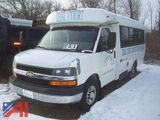 2003 Chevy 3500 14 Passenger Girardin Minibus