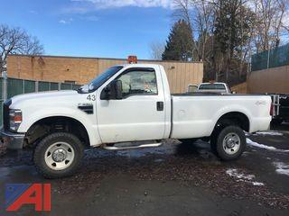 2008 Ford F350 XL Super Duty Pickup Truck with Plow and Lift Gate
